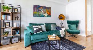 Idealny salon powinien być wygodny, funkcjonalny i przytulny. To przestrzeń, w której domownicy mogą wspólnie spędzać czas, korzystając z ulubionych aktywności lub po prostu wypoczywać. Jak dostosować wnętrze do naszych potrzeb i gustu, w zgod