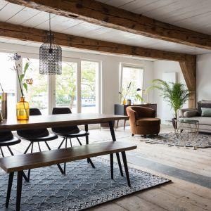 Meble marki Dutchbone: stół Alagon, fotel Freux, stolik kawowy Boss i krzesła Franky. Fot. LePukka
