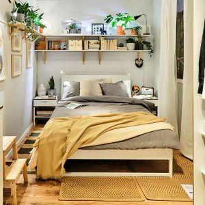Meble do sypialni z kolekcji Trysil dostępne w ofercie firmy IKEA. Fot. IKEA