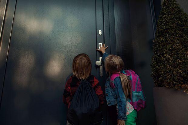 Klucz do bezpieczeństwa dzieci. Nowe automatyczne zamki