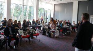11 września w Łodzi odbyło się kolejne spotkanie dla architektów i projektantów wnętrz z cyklu Studio Dobrych Rozwiązań. W programie znalazły się m.in. prezentacje partnerów wydarzenia, dyskusje i wykłady eksperckie. Na stoiskach partnerów m