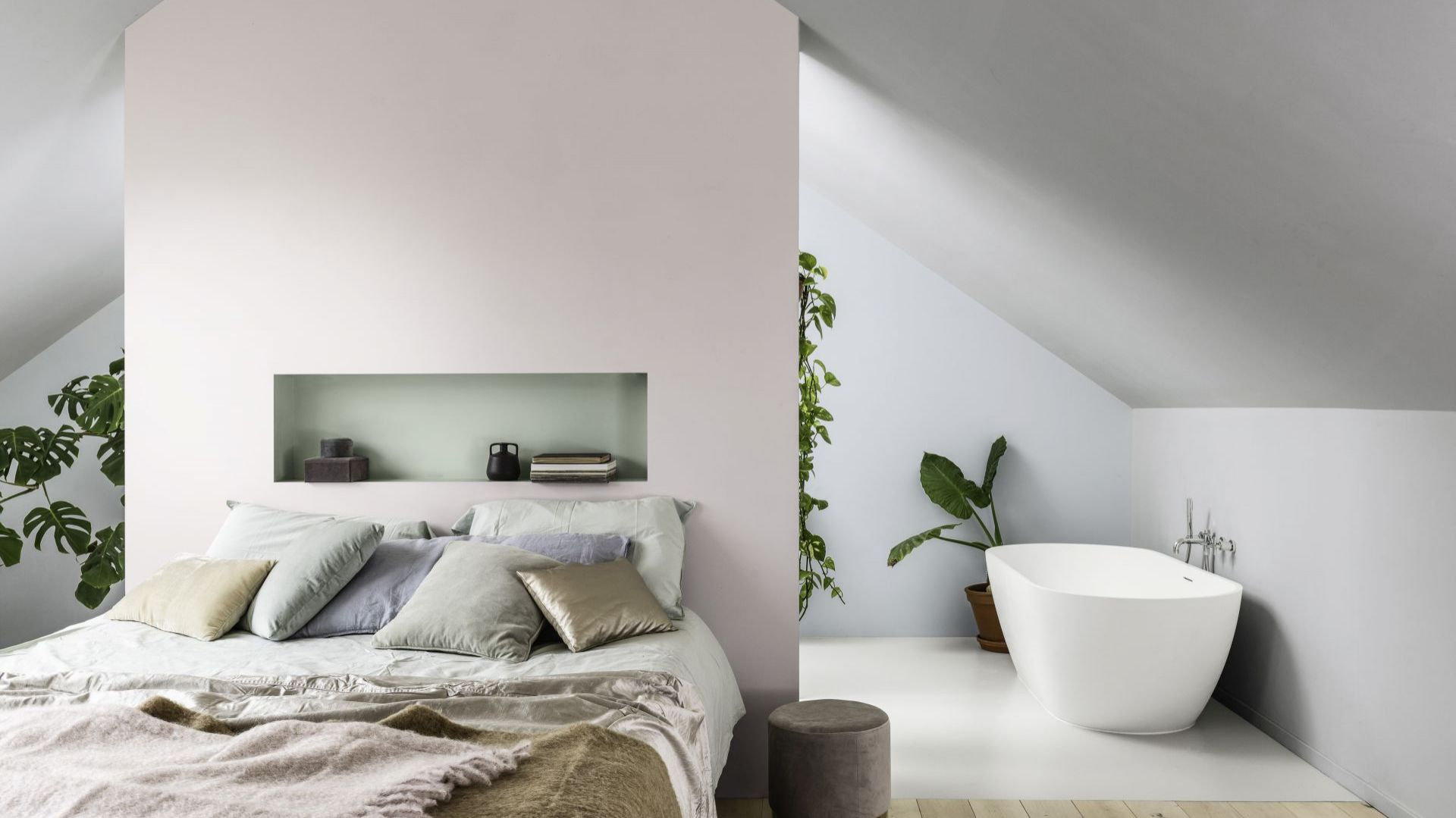 AkzoNobel_Dulux-Colour-Futures-Colour-of-the-Year-2020-A-home-for-care-Bedroom-Inspiration-Global-69P.jpg