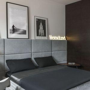 Ściana za łóżkiem. 25 dobrych pomysłów. Projekt: Anna Nowak-Paziewska. Fot. Emi Karpowicz