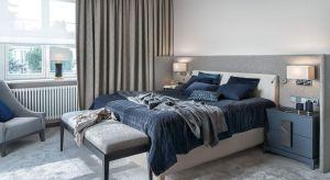 Piękna tapeta, drewno, cegła, farba czy tapicerowany zagłówek? Sposobów na aranżację ściany za łóżkiem jest wiele.Prezentujemy rozwiązania i pomysły z polskich domów.