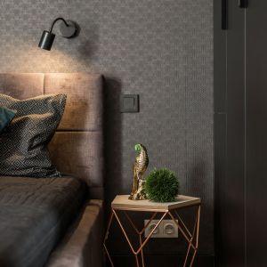 Ściana za łóżkiem. 25 dobrych pomysłów. Projekt i Fot. Kodo Projekty i Realizacje