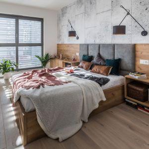 Ściana za łóżkiem. 25 dobrych pomysłów. Projekt: Kodo Projekty i Realizacje. Fot. Kodo Projekty i Realizacje