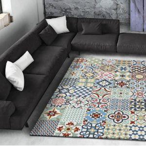 Niebieski dywan Universal AzulejosFot. Bonami.pl