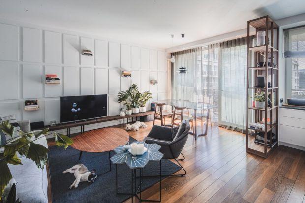 Przytulne mieszkanie na warszawskim Żoliborzu. Zobacz piękne wnętrze