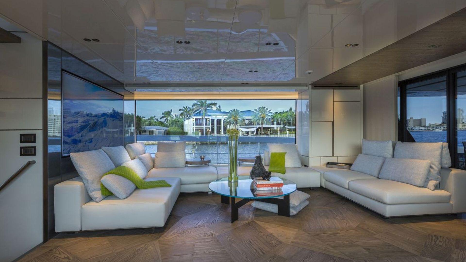 Jacht San Lorenzo uosabia nowoczesną definicję piękna, w którym innowacja spotyka się z kultowym designem. Projekt: Marty Lowe Interior Design. Fot. mat. prasowe Listone Giordano
