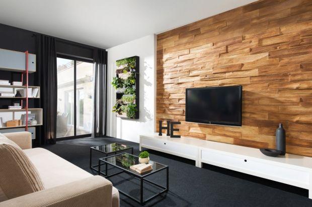 Ściana za telewizorem: wykończ ją płytkami dekoracyjnymi