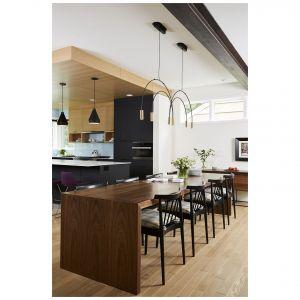 Fronty mebli kuchennych wykończone laminatem akrylowym. Fot. REHAU