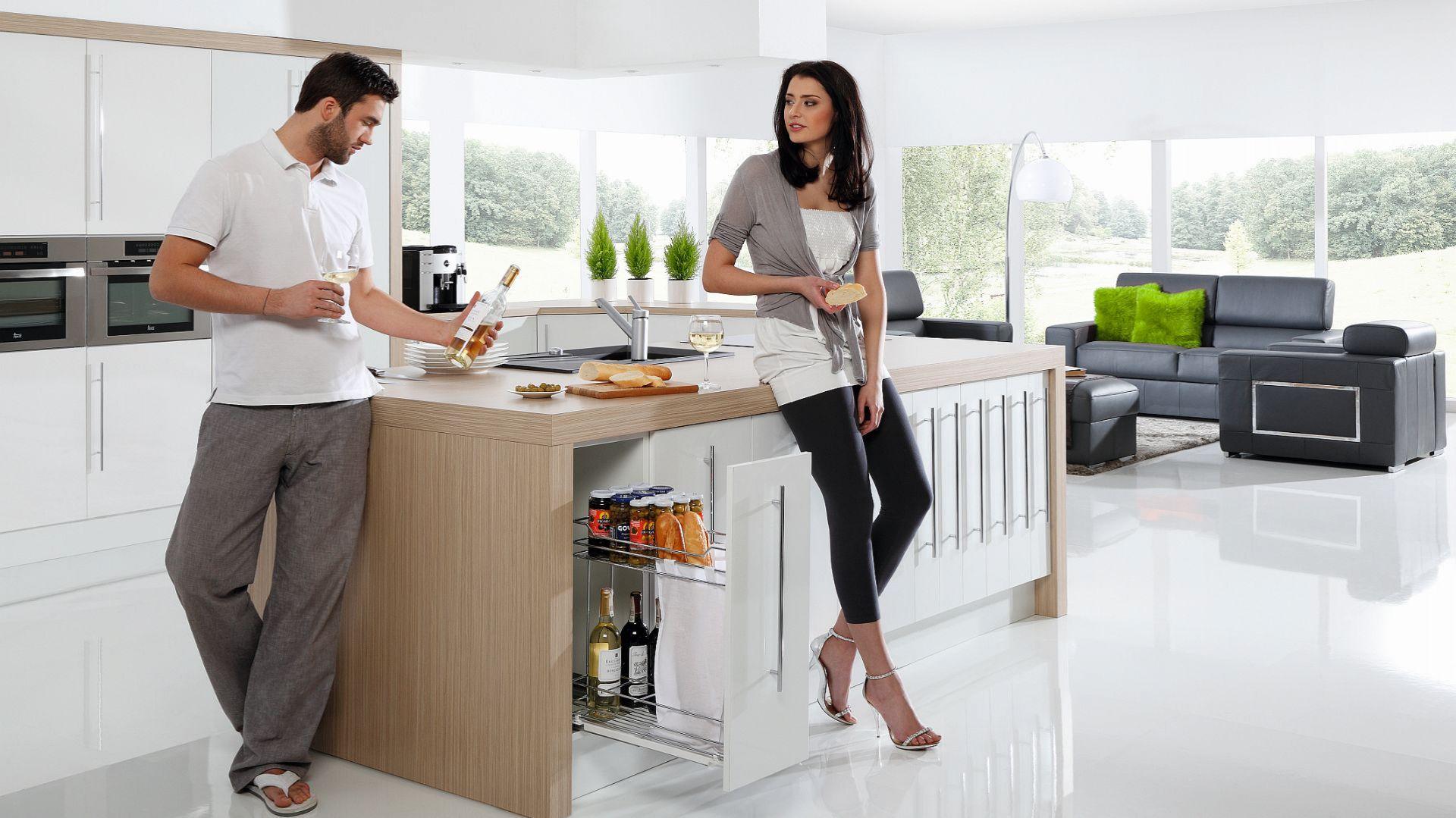 Przechowywanie w kuchni: sprytne pomysł na spiżarnię