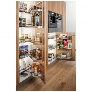 W systemie Tandem można umieścić produkty zarówno na drzwiach, jak i półkach wewnętrznych. Fot. Peka