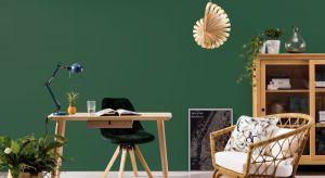 Planując zmianę kolorystyki domowych wnętrz warto sprawdzić, czy farby, którymi chcemy pomalować ściany i inne powierzchnie, mają odpowiednio niską zawartość lotnych związków organicznych (LZO).