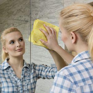 Przywróć łazience blask: ściereczka Actifibre Window marki Vileda. Fot. Vileda