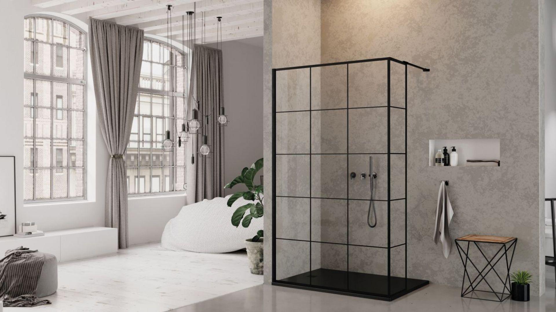 Nowoczesna łazienka - kabina New Modus Black brodzik Mori. Fot. New Trendy