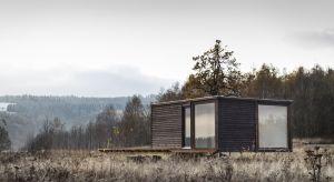 Magdalena Górska projektuje domy w oparciu o zasadę zrównoważonego rozwoju i permakultury, z użyciem naturalnych materiałów takich jak słoma, glina, drewno. O potrzebie ekologii i ważnej roli architektów opowie już 16 października jako gość
