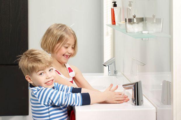Inteligentna łazienka: wygodne i oszczędne rozwiązania