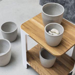 Stolik kawowy model Bend marki Dekorian Home. Fot. Dekorian Home