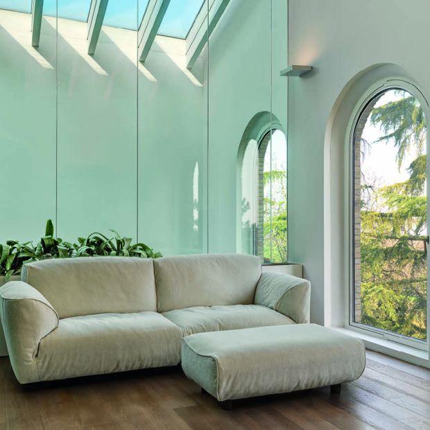 Luksusowe meble do salonu - designerska sofa