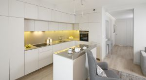 Otwarta kuchnia jest nie tylko funkcjonalna, ale również reprezentacyjna. Zobaczcie jak można zaprojektować taką przestrzeń.