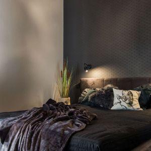 Przytulna sypialnia. Projekt i zdjęcia: Kodo Projekty i Realizacje