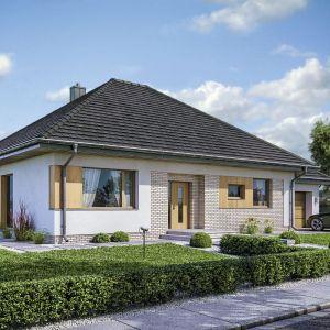 Dom z garażem. Projekt: Domena 112A. Fot. Domena