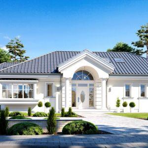 Dom z garażem. Projekt: Dom Willa Parkowa 6. Fot. MG Projekt