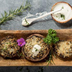Pieczarki zapiekane w kaszotto grzybowym. Fot. Knorr