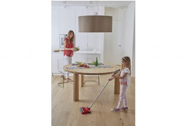 Domowe porządki z dzieckiem - czas na lekcję sprzątania