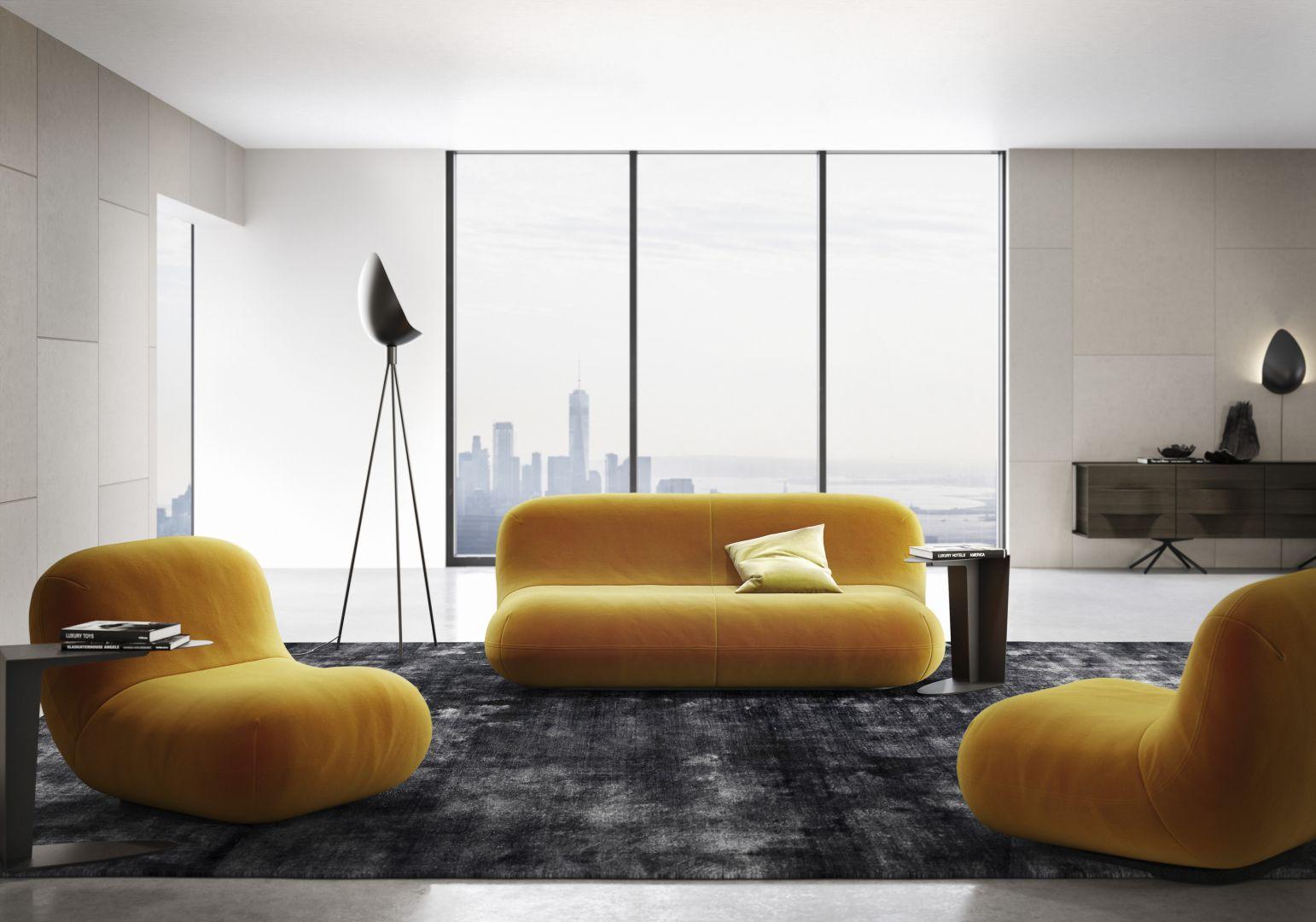 Zaprojektowana przez Karima Rashida kolekcja Chelsea to sofa, fotel i lampy. Fot. BoConcept
