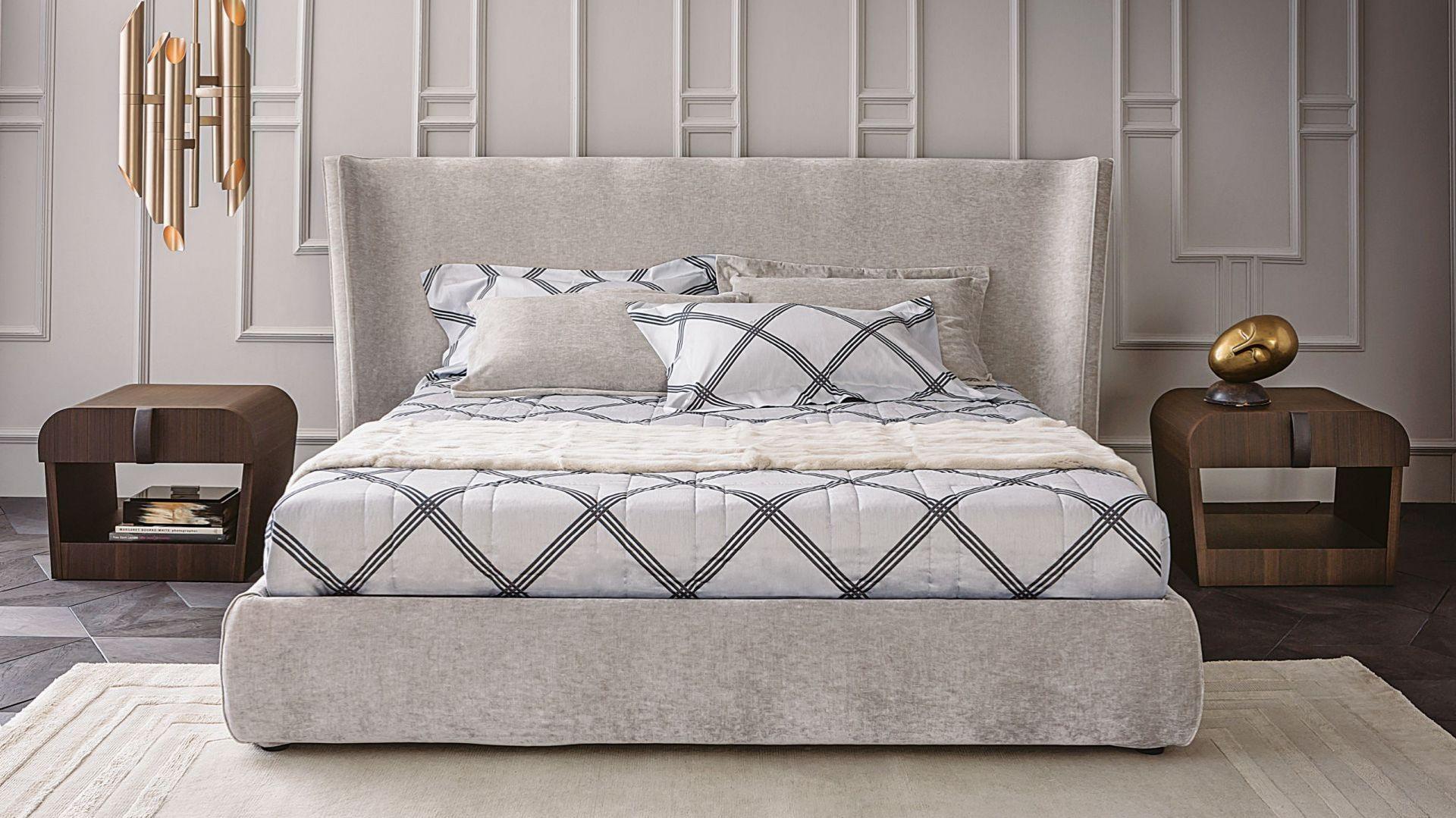Łóżko tapicerowane z kolekcji Vanity dostępne w ofercie marki Casamilano. Fot. Casamilano/ Mood Design