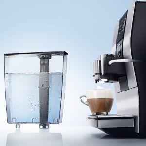 Niezależnie od modelu, każdy ekspres do kawy powinien być regularnie konserwowany. Fot. Jura