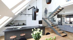 Drewniane, metalowe, szklane, jedno- czy dwubiegowe, wyeksponowane w salonie, czy ukryte w dyskretnej klatce schodowej? Zobaczcie jakie schody wybrali inni!