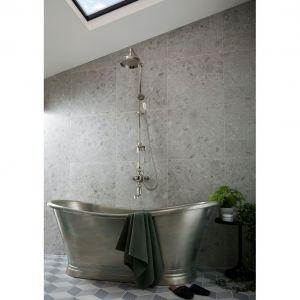 Kolumna prysznicowa z kolekcji Axbridge/Booth&Co. Produkt złoszony do konkursu Dobry Design 2020.