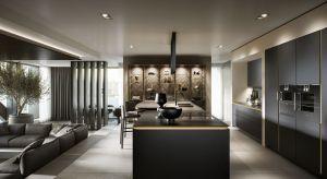 Najnowsza linia kuchenna charakteryzuje się minimalistycznym i przejrzystym designem. Wyróżnikiemsą duże, przyciemniane elementy szklane, połączone z dyskretnie zintegrowanym z szafkami oświetleniem LED.