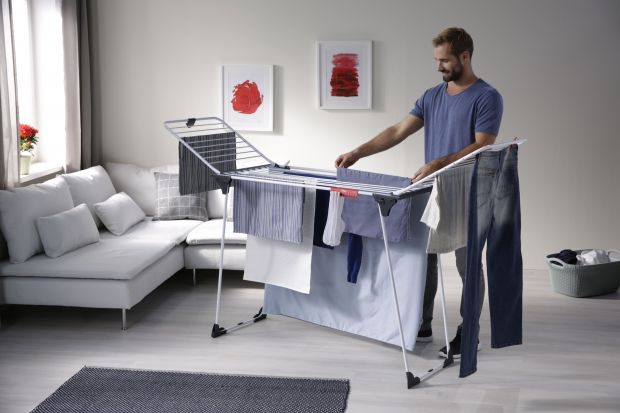 Suszarka Magnum to doskonały wybór dla dużej rodziny. Powierzchnia suszenia wynosi aż 24 metry, co daje możliwość zmieszczenia na niej 2-3 pełnych prań za jednym razem.