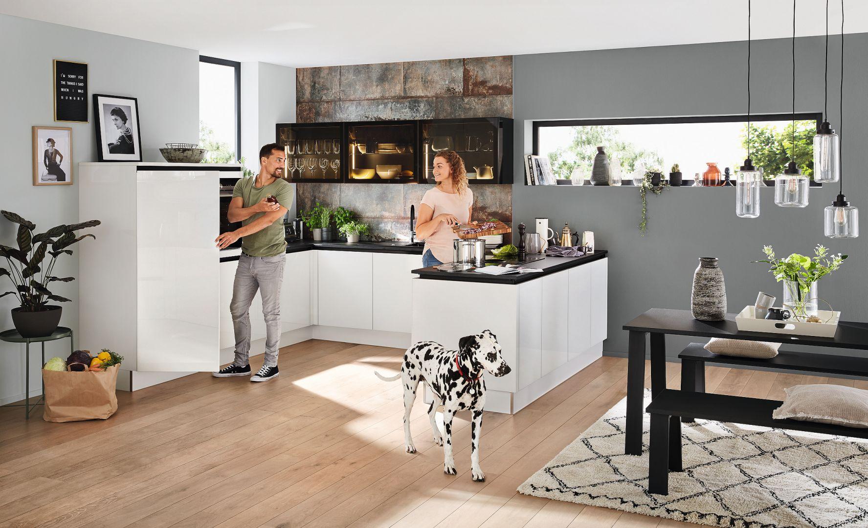 Kolekcja mebli kuchennych Glas Tec Plus dostępna w ofercie firmy Nolte Küchen. Fot. Nolte Küchen