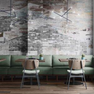 Tapety Tecnografica Italian Wallcoverings, wzór Berlin. Carpet Studio. Fot. Carpet Studio