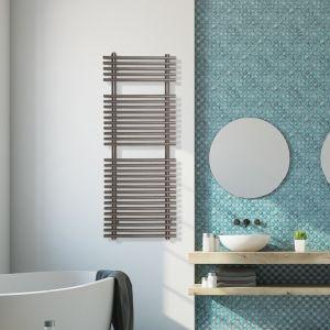 Ogrzewanie w dużym domu: grzejnik łazienkowy Piko z oferty Luxrad. Fot. Luxrad