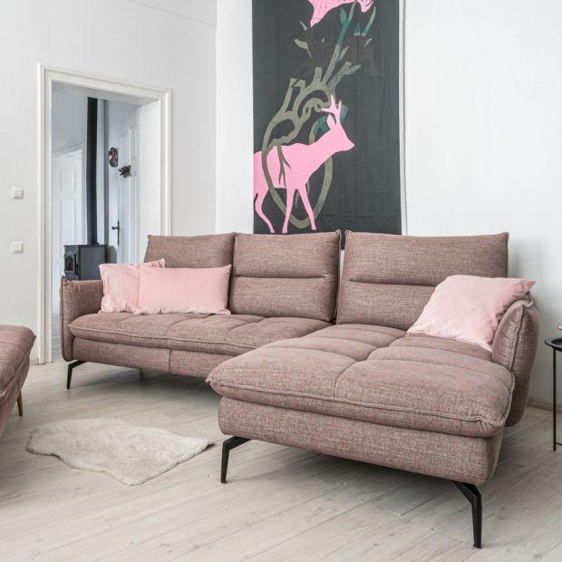 Sofa w salonie: modne modele do każdego wnętrza