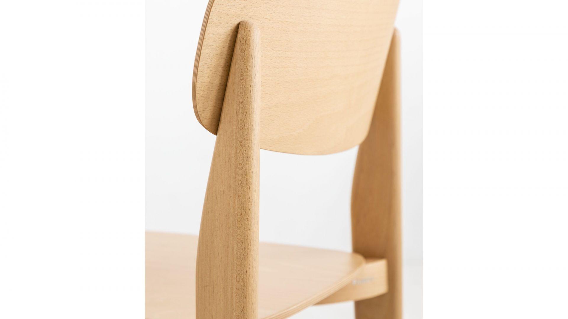 Projekt krzesła dla marki Fameg. Fot. Muka Design Lab