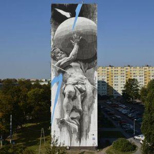 Mural autor Ino - Bomber. Fot. Paweł Trzeźwiński