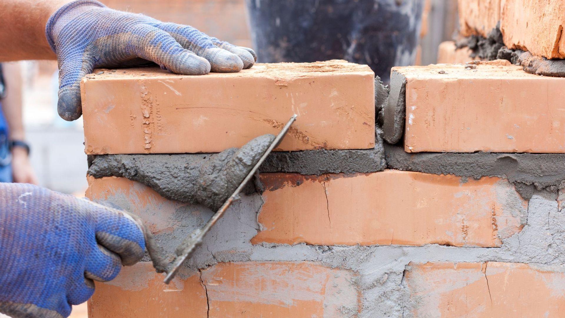 Zmiany cen materiałów dla budownictwa oraz domu i ogrodu we wrześniu 2019 – analiza PSB. Fot. Shutterstock