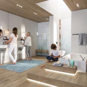 Komfortowa łazienka powinna być dostosowana do potrzeb wszystkich pokoleń domowników. Fot. Viega