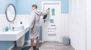 Badania pokazują, że przeciętna polska łazienka jest nieduża (ma do 10 mkw) i remontujemy ją raz na kilkanaście albo i nawet kilkadziesiąt lat. Nic dziwnego - myśl o kuciu płytek czy wymianie armatury potrafi ostudzić zapał do domowych rewoluc
