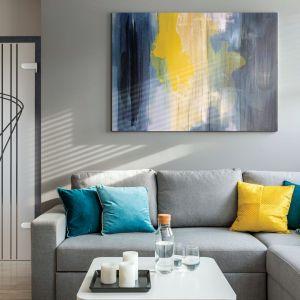 Wyraziste połączenia kolorystyczne nadają wnętrzu-charakteru. Na zdjęciu drzwi Sentis Vidrio od RuckZuck. Fot. RuckZuck