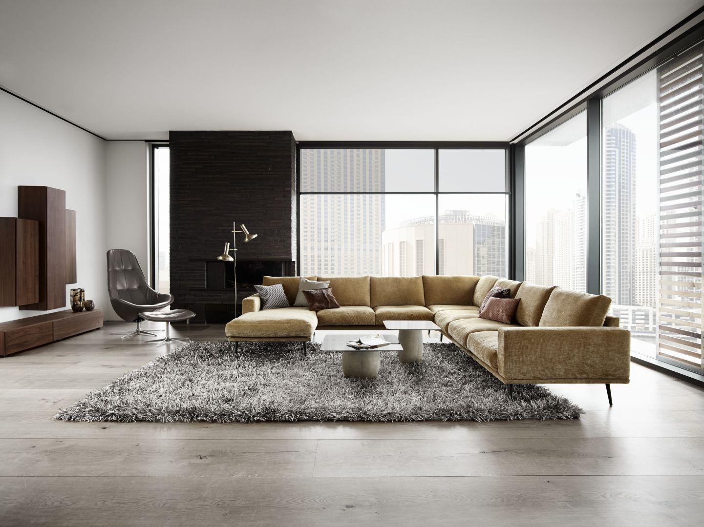 Sofa modułowa tapicerowana tkaniną Fot. BoConcept
