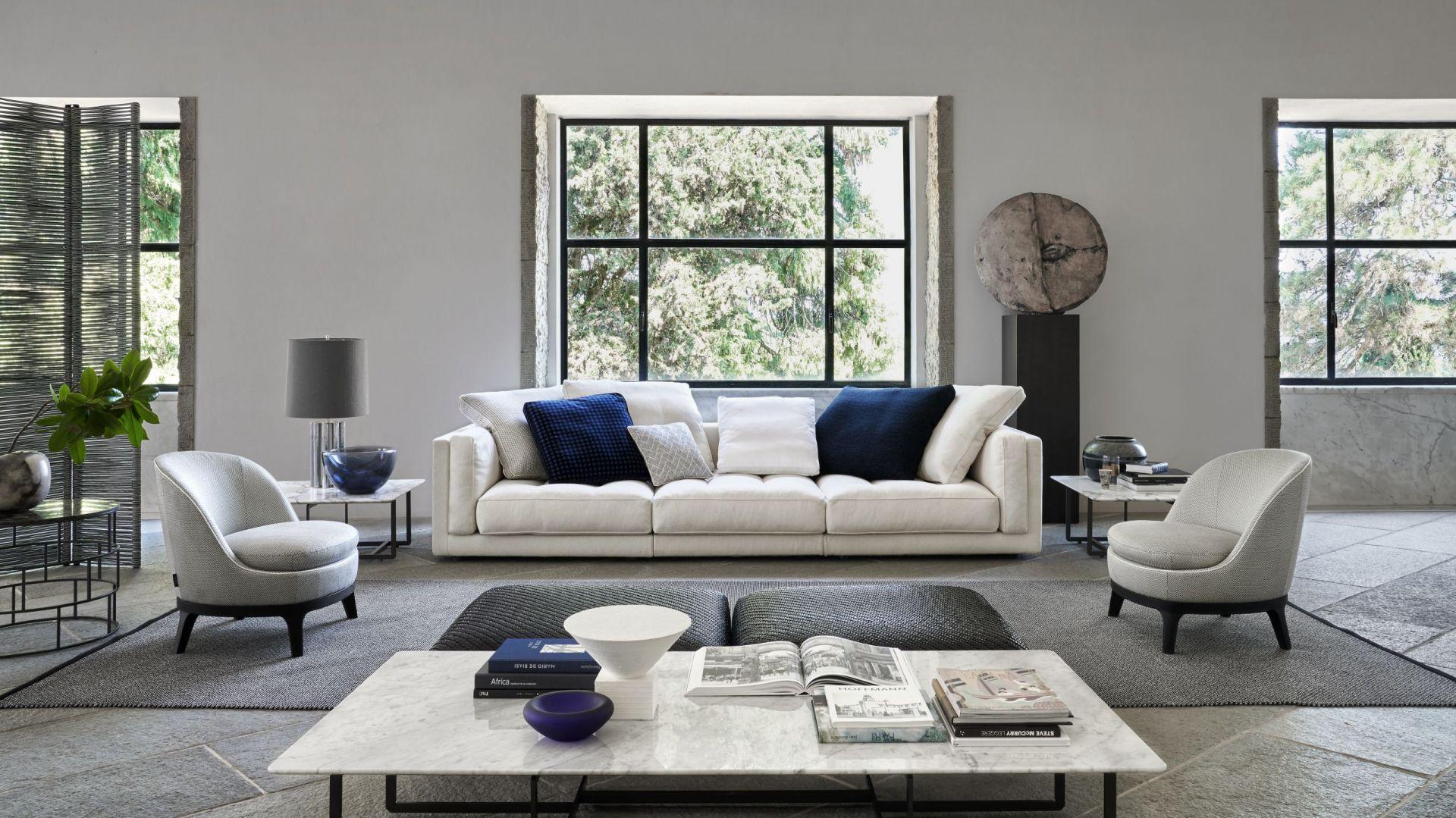 Sofa Lucien z kolekcji Mood - komfort wypoczynku gwarantują miękkie siedziska i poduchy. Fot. Flexform /Mood Design