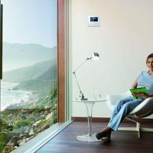 Rozwiązania ABB to połączenie technologii alarmowej z systemem zarządzania budynkiem. Fot. ABB